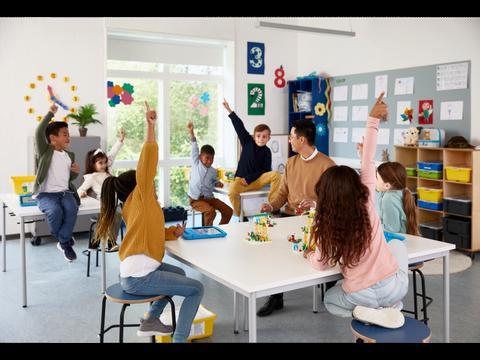 Bilde av LEGO® Education SPIKE™ Essential klassesett (20 elever)